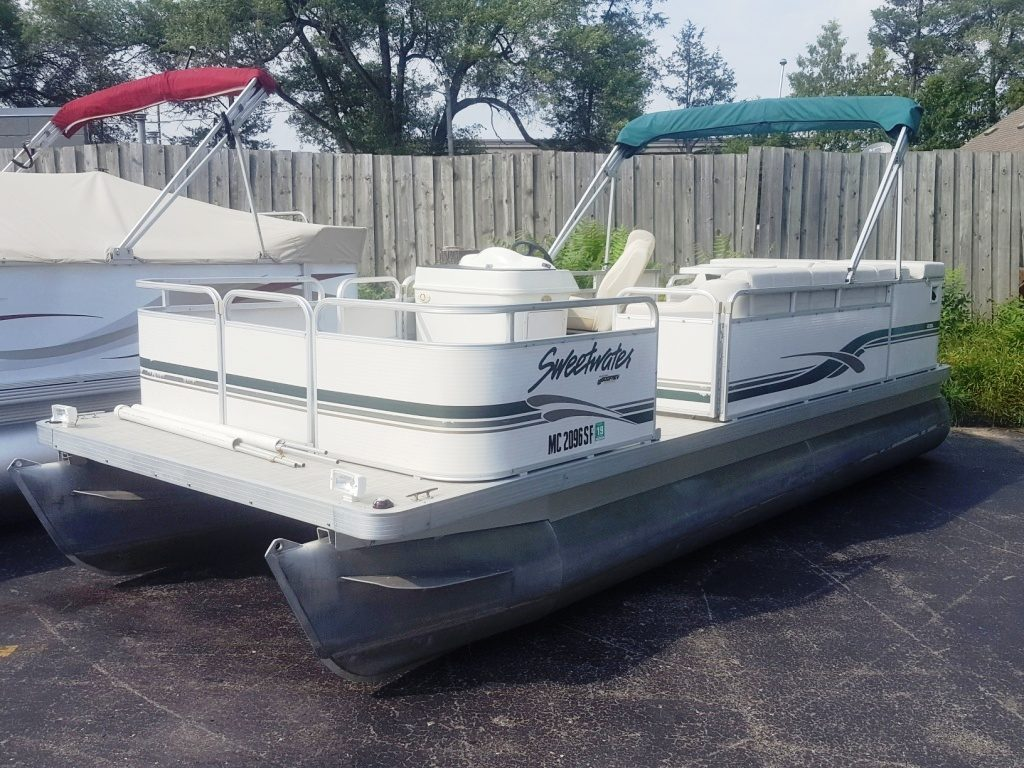 2001 Sweetwater 20 Pontoon Boat