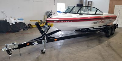 1993 Malibu 20′ Echelon Ski Boat