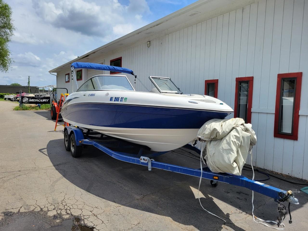 2005 Yamaha SX 230 Twin Engine Jet Boat